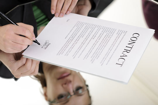 Signing-Business-Contract